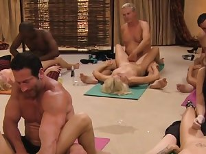 Steamy tantric sex betwixt swingers