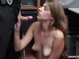 Alyce Anderson is grizzle demand as senior shoplifter as she is when it comes to sucking cocks