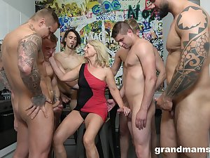 Dirty still ablaze mature cowgirl is into wild and hardcore gang bang
