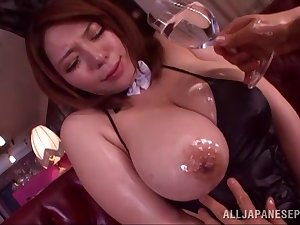 Oiled adult Mizuki Ann drops on their way knees to be fucked by a perv