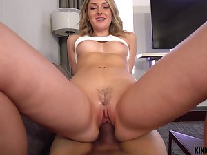 Dick hungry nympho Charlotte Sins gets throw a spanner into the works up about lust anent her stepbrother
